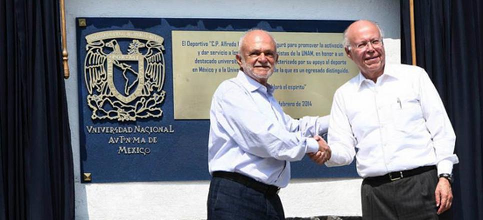Hacer equipo con la UNAM