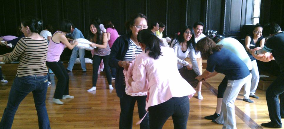 Aprende comunidad FUNAM sobre manejo del Bullying