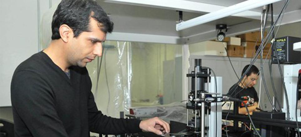 Motor de vapor microscópico