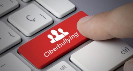 Ciberbullying, atemorizante y fácil de realizar