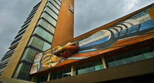 Las fechas de México, plasmadas en la UNAM: Siqueiros