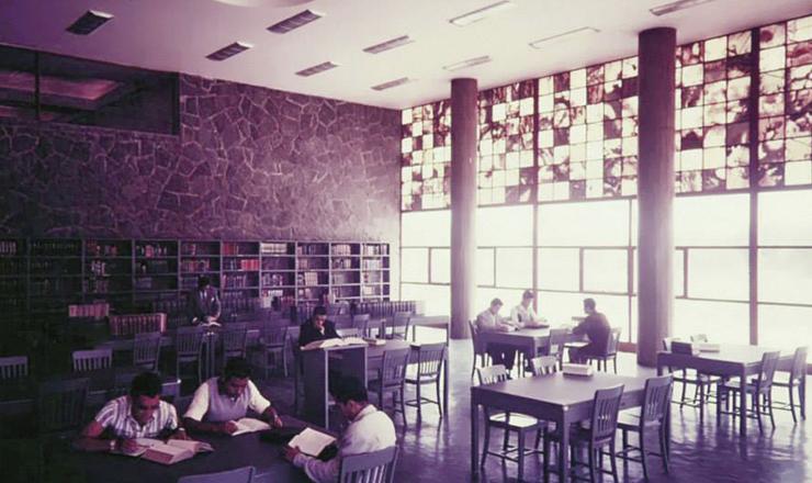 biblioteca central 3