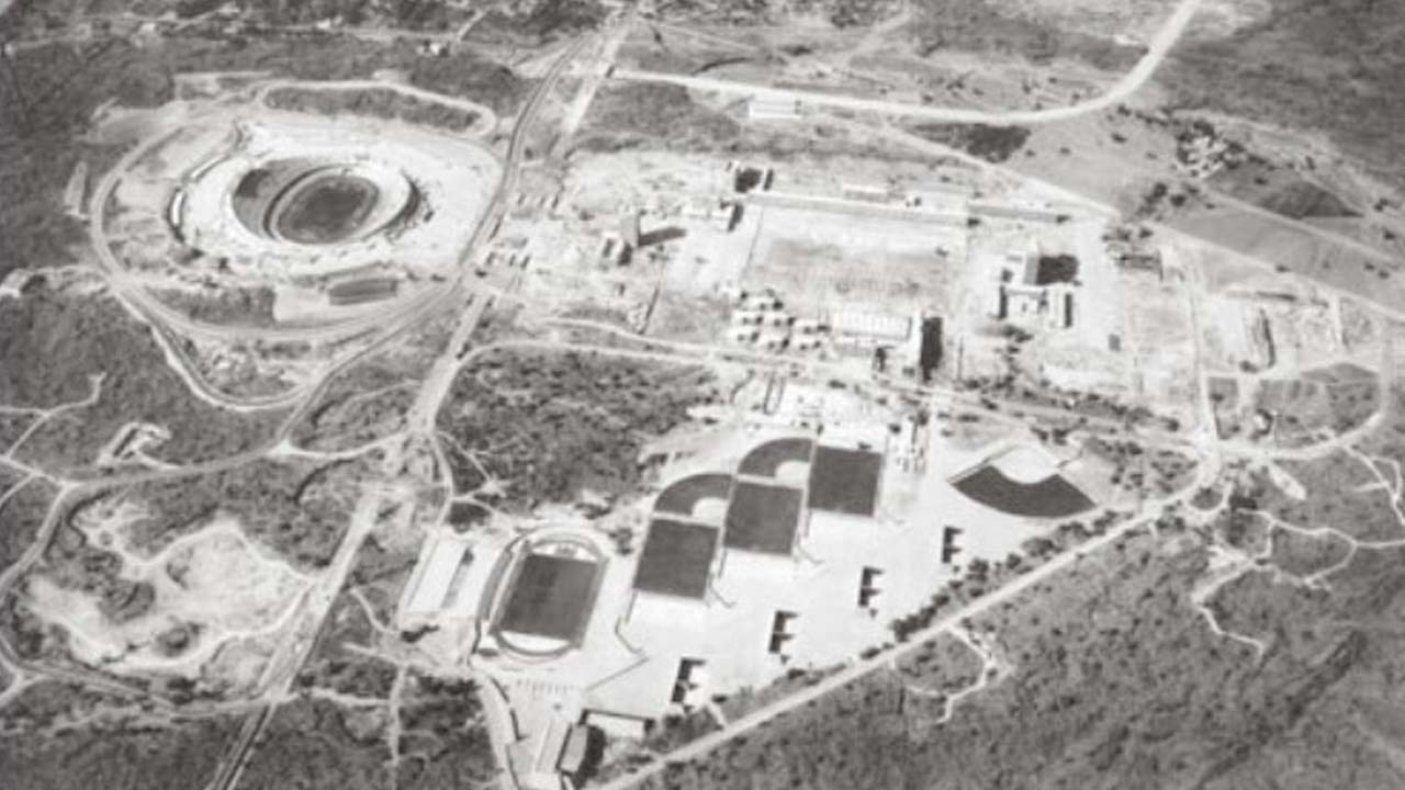 Resultado de imagen para imagenes de la construcción de CU