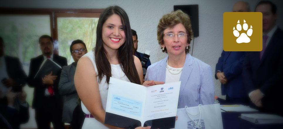 Universitarias obtienen Premio FUNAM-Cofepris al diseñar dispositivo geriátrico