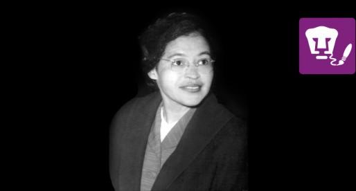 Piezas Rosa Parks y Cellular power se exhiben en la explanada del MUAC