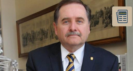 Marcos Mazari toma posesión como director de la Facultad de Arquitectura