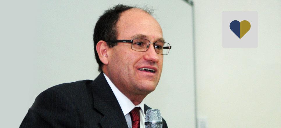 Instituto de Biotecnología tiene nuevo director