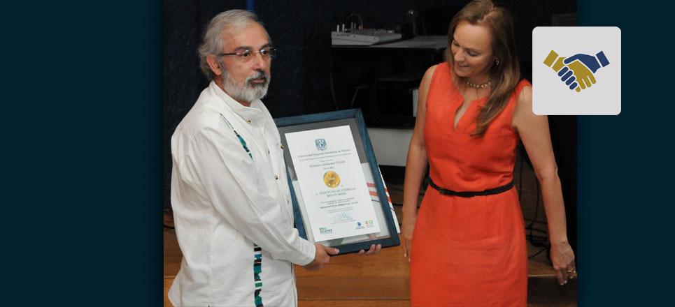 """Instituto de Energías Renovables recibe """"Distintivo Ambiental UNAM"""""""