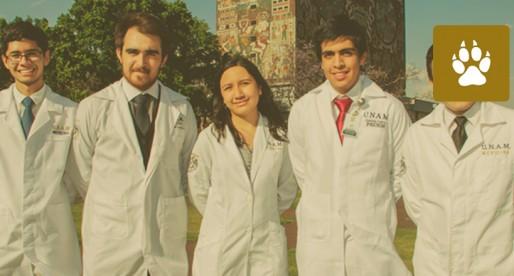 Universitarios participan en certamen de medicina en la India