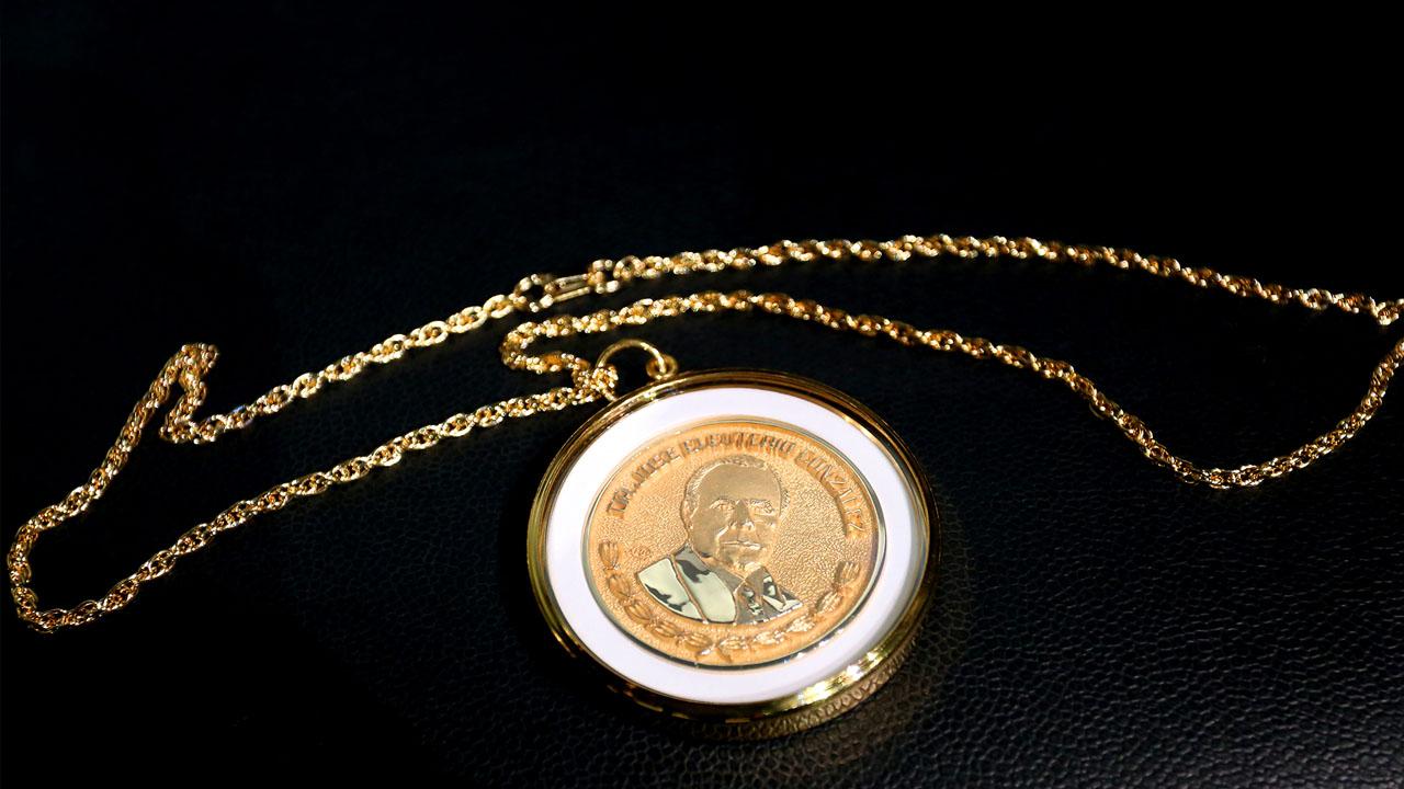 graue_medalla_contenido2