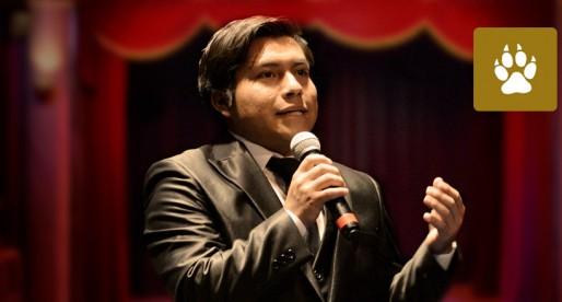 Becario zapoteco de la UNAM se titula en teatro y actuación
