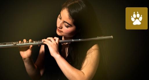 Flautista de la UNAM estudiará en el Conservatorio Regional de Música de Niza