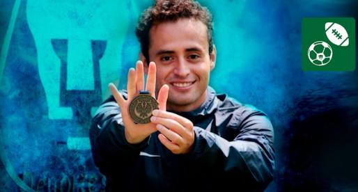 Puma obtiene bronce en Mundial Universitario de Nado con Aleta