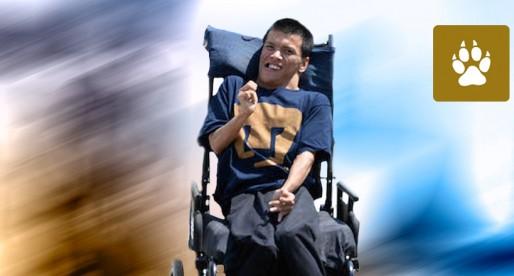 Matías Alaniz, primer profesor a distancia con discapacidad en la UNAM