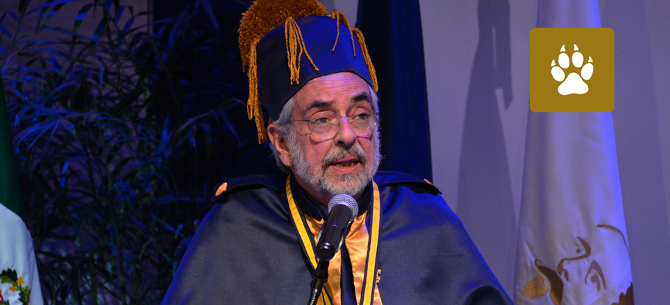 Recibe el rector Enrique Graue honoris causa