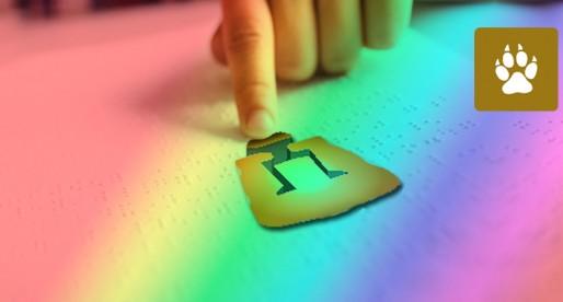 Alumna de Fes Aragón crea libro en Braille para identificar colores